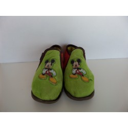 Chaussons Mickey pointure 26