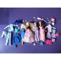 Lot de 4 poupées Barbie