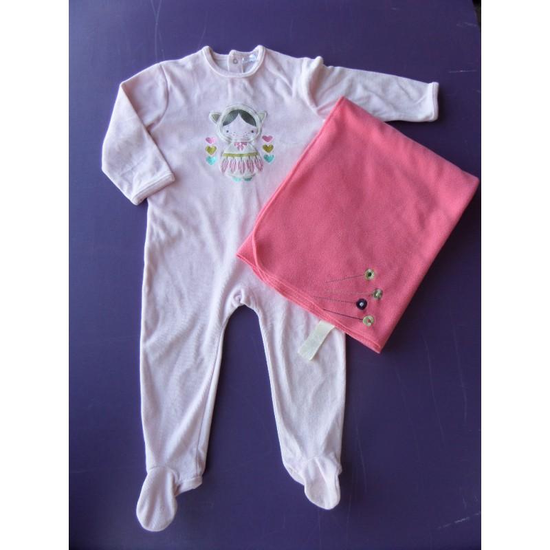 pyjama velours fille 3 ans et plaid polaire caillou flacoti. Black Bedroom Furniture Sets. Home Design Ideas
