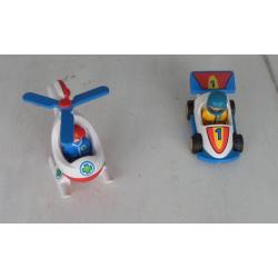 lot playmobil 123 hélicoptère et voiture de course