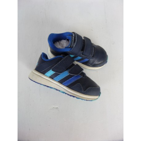 b0072a000ccd0 Baskets Adidas pointure 22 - Caillou Flacoti