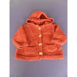 Veste tricotée à capuche bois de rose 4-6 ans