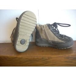Boots garçon pointure 23