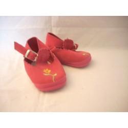 Chaussures fushia pointure 18-19